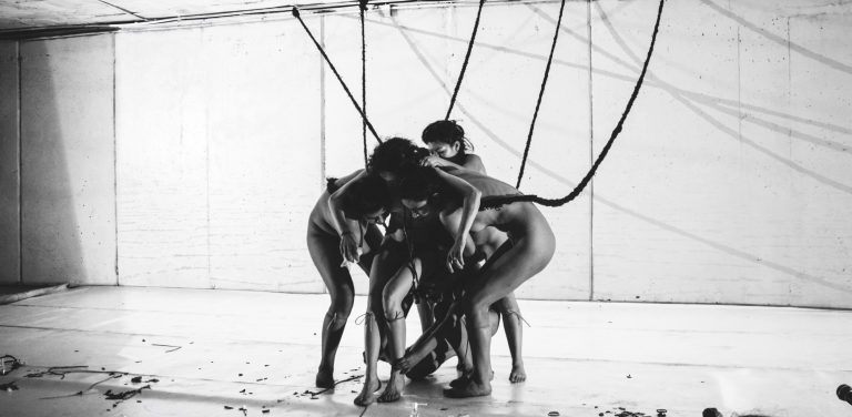 «Herajei», 2015, Dance Piece by Diego Aramburo and Kiknteatr Company in 2015 ©Paola Lambertín