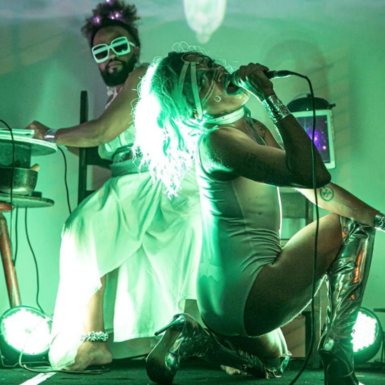 Ivy Monteiro and Wellington Gadelha performing during Atos de Fala in Rio de Janeiro ©Renato Mangolin