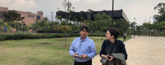 TRANSFER team with the architect Jorge Pérez Jaramillo visiting Parques del Río, Medellín, March 2019© TRANSFER