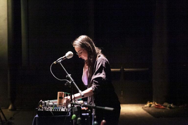 Julie Semoroz © Dorothee Thébert